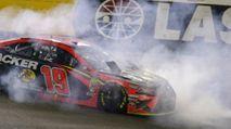 DraftKings NASCAR DFS Advice: Charlotte photo