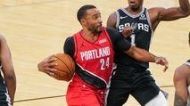 DraftKings DFS NBA Strategy Advice: Sunday (4/18) photo