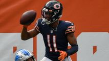 Fantasy Football Waiver Wire: Darnell Mooney, J.D. McKissic, D'Ernest Johnson (2021) photo