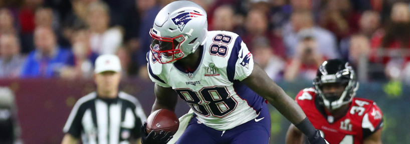 Martellus Bennett has signed a three-year deal with the Green Bay Packers, going from Tom Brady to Aaron Rodgers.