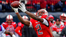 Scouting Profile: Wide Receiver Taywan Taylor photo