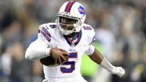 Fantasy Football Draft Targets for DST & QB Streaming photo