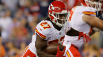Rapid React: Kareem Hunt Signs with Browns (Fantasy Football) photo