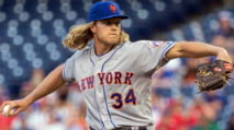 Fantasy Baseball Injury Report: Corey Seager, Noah Syndergaard, Yoan Moncada photo